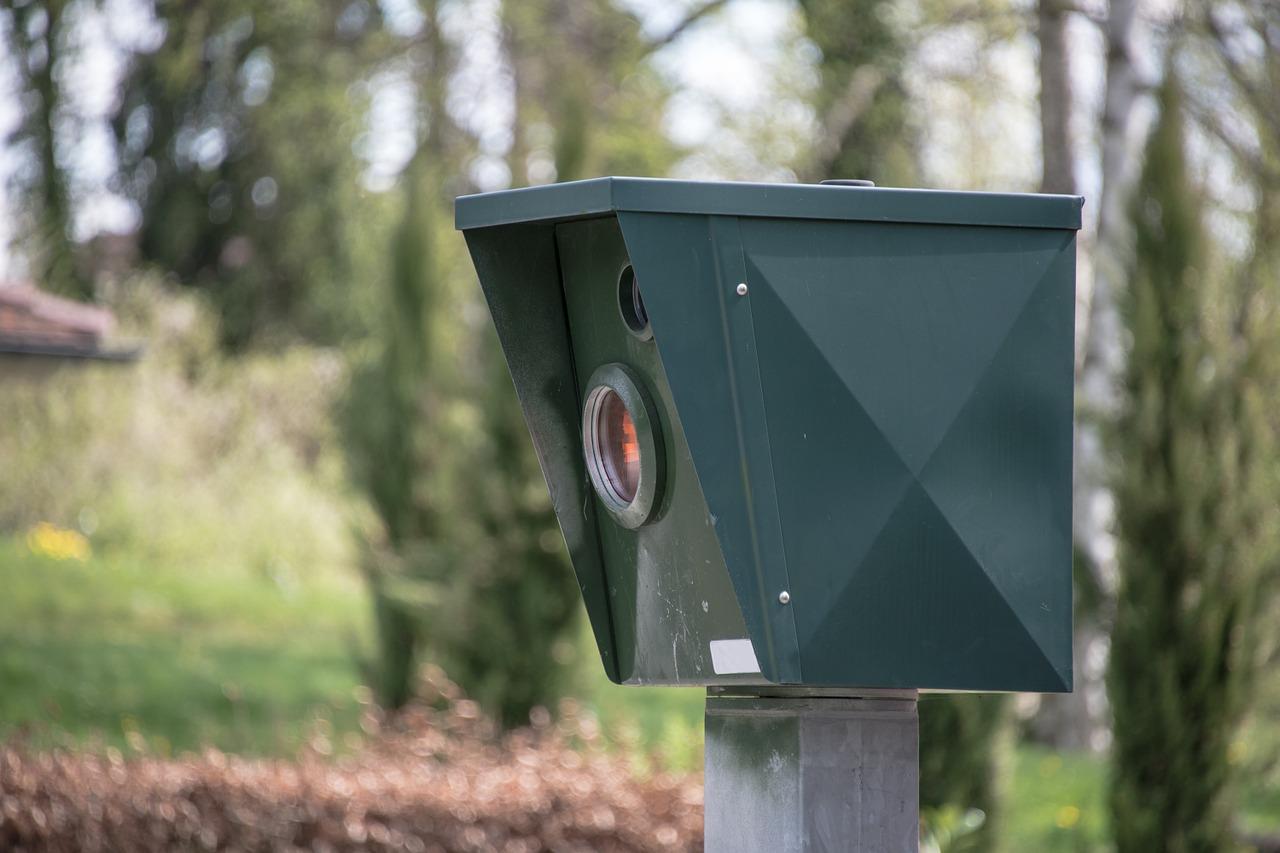 Nuevos radares de la DGT: agárrate que vienen curvas